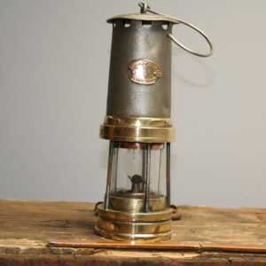 Antique Early E Thomas & Williams Aberdare Miners Davey Lamp – Type H7