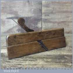 "Antique 18th Century 3/8"" Round Beechwood Moulding Plane"