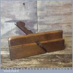 """Antique Brown & Barnard 3/8"""" Astragal Quirk Ovolo Beech Moulding Plane"""