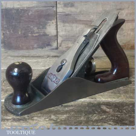Scarce Vintage Sedgley No: S4 smoothing plane, fully refurbished ready to use and in good used condition.
