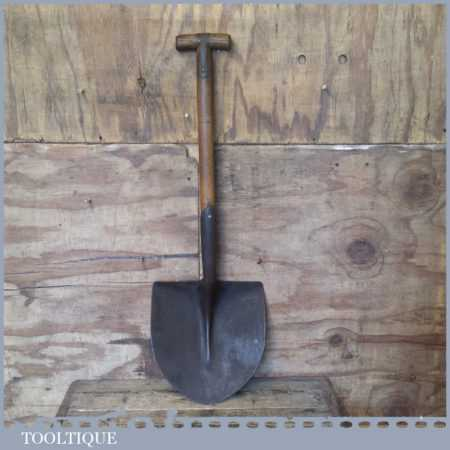 Scarce Vintage Open Socket Pointed Shovel Strapped T Handle - Good Condition