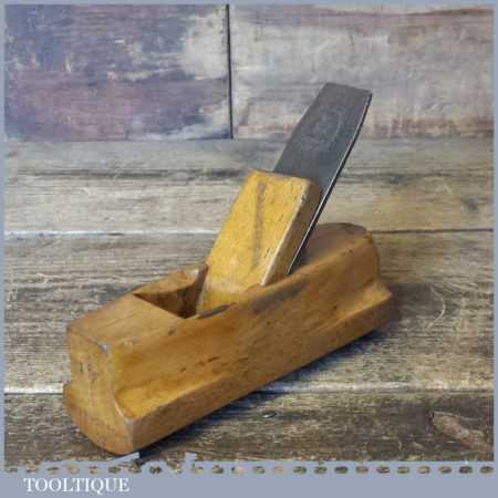"Vintage Patternmaker's 5 ¼"" Beech Hollowing Plane - Good Condition"