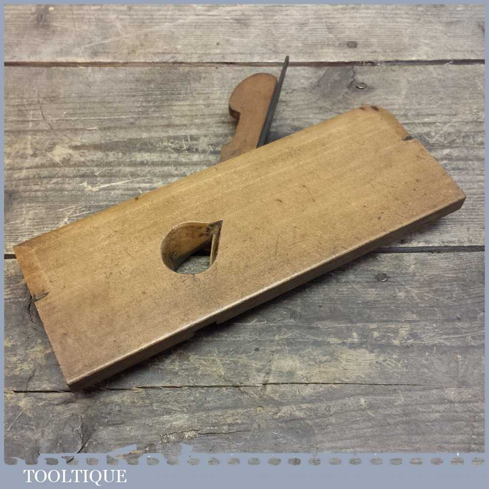 Vintage Varvill And Sons No: 3 Moulding Plane - Good Condition.