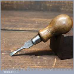 """T20556 - Small antique cabinet makers screwdriver with 3/16"""" flat head end and beechwood handle, in good used condition."""