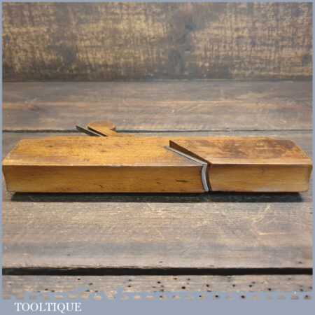 Antique No: 14 Hollow Beechwood Moulding Plane Known As Rounding Plane