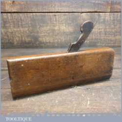 T22471 - Antique 18th century Higgs No: 13 hollow beechwood moulding plane in good used condition.