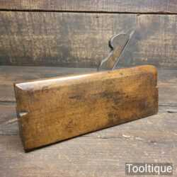 "Vintage King & Peach 1843-1864 5/8"" Side Bead Beechwood Moulding Plane"