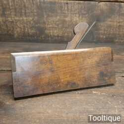 "Vintage King & Comp of Hull 7/16"" Side Bead Beechwood Moulding Plane"