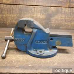 """Vintage Record No: 00 Engineer's Cast Steel Bench Vice 2 ½"""" Jaws - Good Condition"""