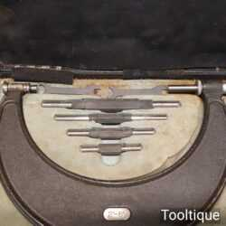 """Vintage boxed No: 942 Moore & Wright 2""""- 6"""" micrometer in good used condition"""