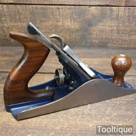 Vintage 1930's Record No: 04 ½ Wide Bodied Smoothing Plane - Fully Refurbished