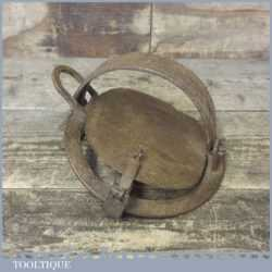 "Antique 7"" Round Gin Trap In Good Original Condition - Decorative"
