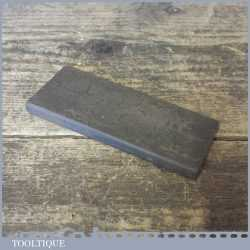 Vintage carborundum type honing stone in good used condition ready for use.