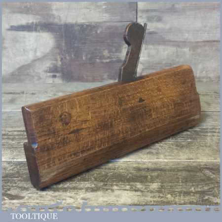 Rare 18th Century Antique Unrecorded Maker Round Moulding Plane By YOUNG