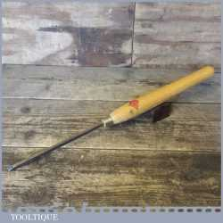 Henry Taylor Diamic 3/16 Woodturning Beading Or Parting Chisel - Good Condition