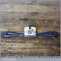 Vintage Curved Sole Cast Steel Spokeshave In Good Condition