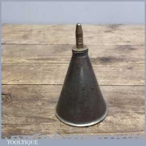 Vintage Moore and Wright Engineering Conical Oil Can