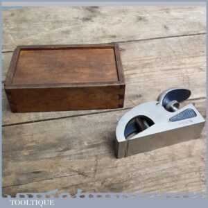 Vintage No 076 Bullnose plane by Record Tools with Nice Wood Box